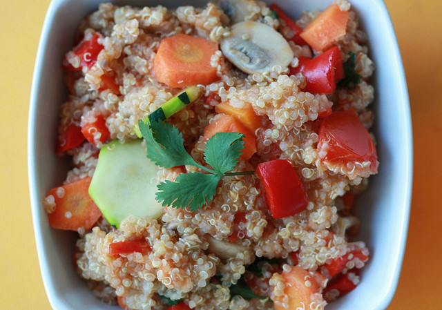 Plat à base de quinoa